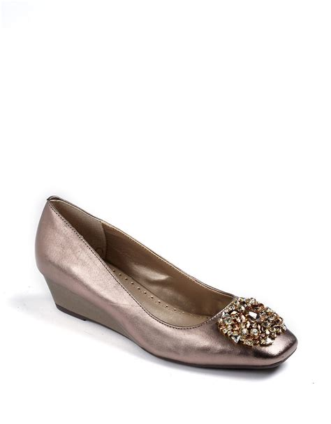 Wedges Jm 30 1 lyst adrienne vittadini palm embellished cluster wedges in metallic