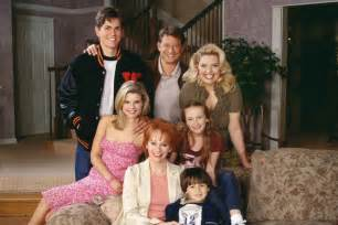 reba cast and crew then now the cast of reba