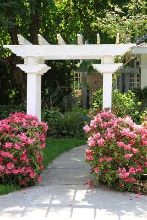 Pretty Garden Trellis Pretty Garden Arbor With Pink Flowers Gardening