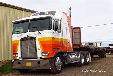 kenworth aerodyne truck truckfax kenworth aerodyne coe blasting in from the past
