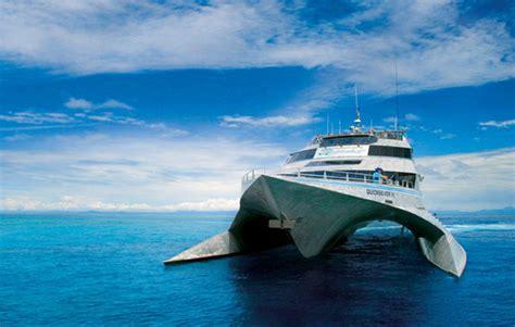 quicksilver boat port douglas quicksilver outer reef cruise port douglas tourist