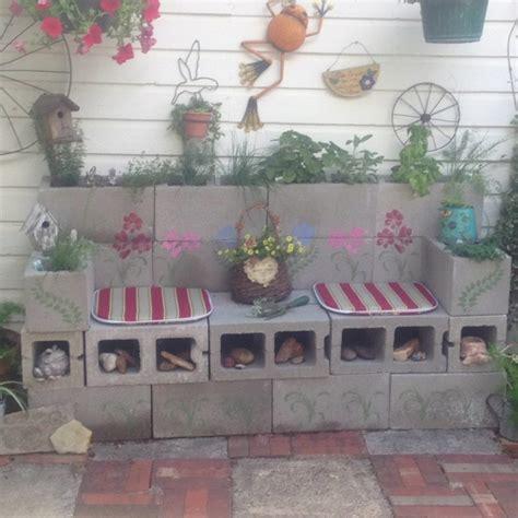 cinder block outdoor bench diy cinder block herb garden bench outside ideas pinterest gardens herbs garden