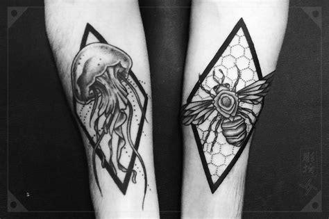 geometric tattoo jellyfish 17 best images about dotwork blackwork geometric tattoos