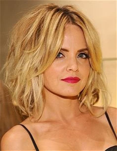 Cut Sholder Lenght Hair Upside Down | 1000 images about hair is an accessory on pinterest