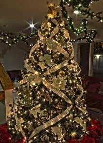 25 creative and stunning christmas tree decorating tips decor