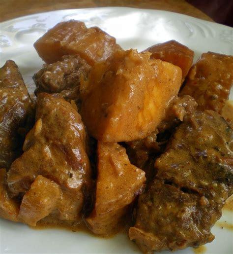 comment cuisiner manioc boeuf au manioc cuisiner avec ses 5 sens