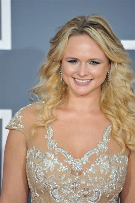 latest pictures of miranda lambert hot bio celebrity pictures miranda lambert last pictures 2013