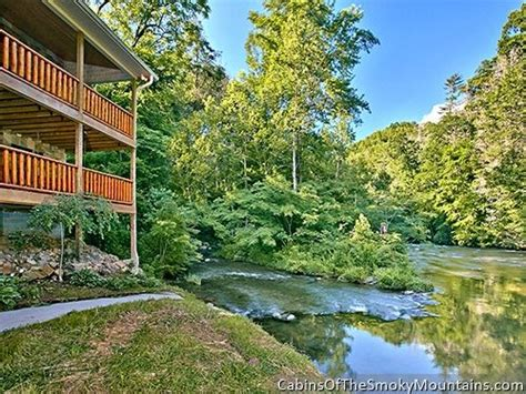 Riverside Cabins In Gatlinburg Tn by Gatlinburg Cabin Riverside Lodge From 460 00