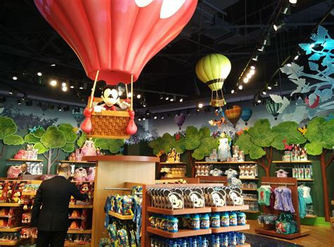 biggest online plants store town crier first look world s largest disney store now