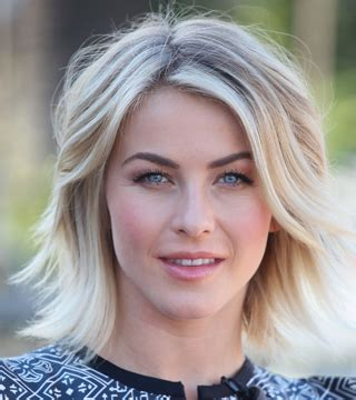 what kind of hairstyle does julienne huff have in safe haven makeover timeline see julianne hough s hairstyles through