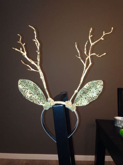 diy deer antlers made from a headband decorative flowers