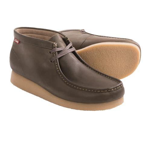 clarks mens chukka boots clarks stinson chukka boots for 7653u save 35