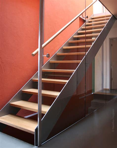 treppe stahlwange gerade treppen als stahlwangentreppen einfache l 246 sungen
