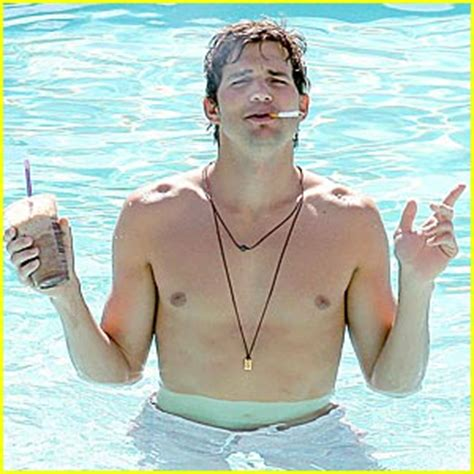 Detox Shirtless by Ashton Kutcher Quits The Master Cleanse The Master Cleanse