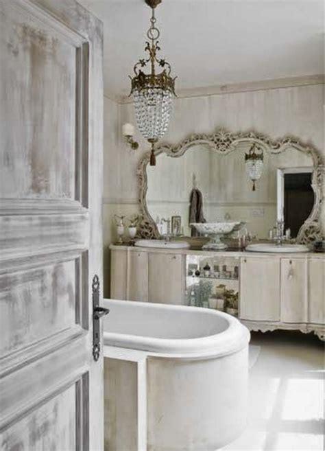 bagno provenzale bagni provenzali e piastrelle in nuance delicate e romantiche
