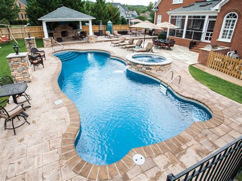 home trilogy pools