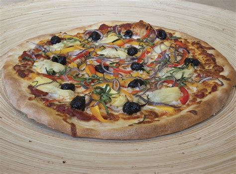 the stovetop pizza oven by pizzacraft pizzeria pronto stovetop oven by pizzacraft 187 gadget flow
