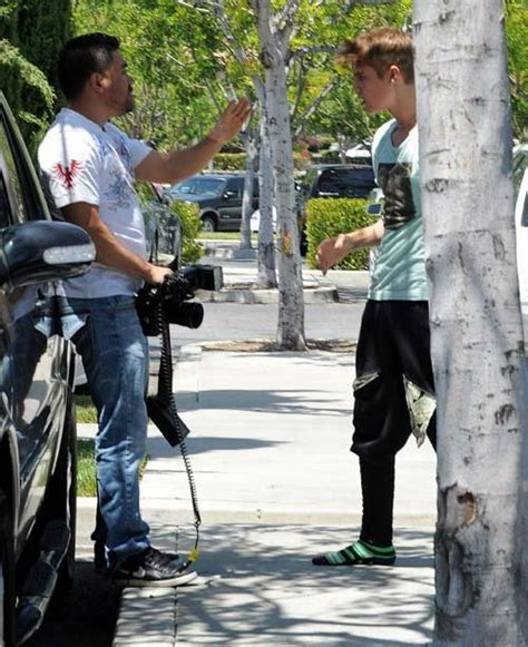 According To Snark Paparazzi Assault by Justin Bieber Facing 6 Months In If Proven Assaulting