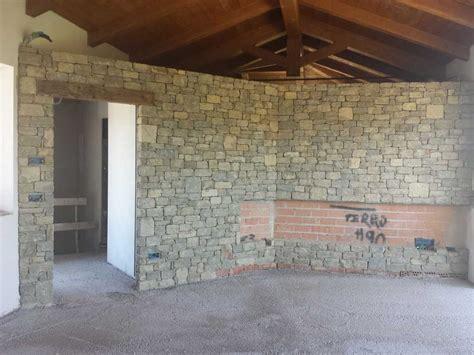 pareti in pietra per interni pietra per interni parete pareti in pietra per interni