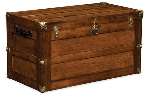 solid wood trunk  flat lid  dutchcrafters amish