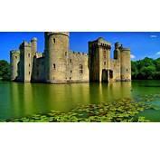 Bodiam Castle England  Download HD Wallpapers