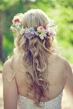 68 flower crown ideas to complete your wedding hairstyle coronas de flores on pinterest corona flower crowns and