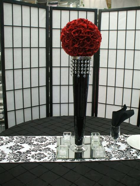 18 Cylinder Vase Rental Centerpieces Easels Table Numbers Mirrors And