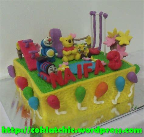 cara membuat kue ulang tahun winnie the pooh playground cake winnie the pooh naifa jual kue ulang tahun