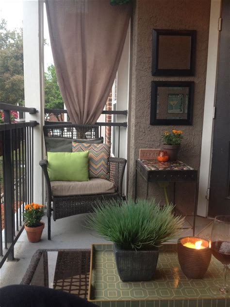 creative apartment patio   budget ideas