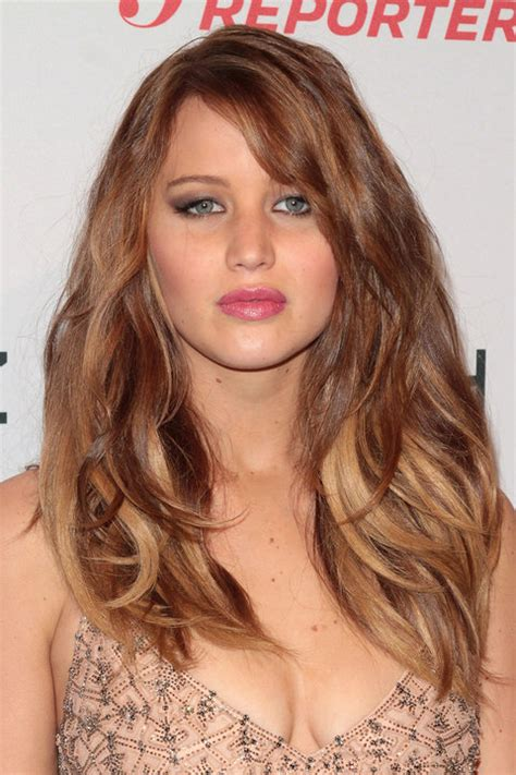 jennifer lawrence hair co or for two toned pixie jennifer lawrence s hair history instyle co uk