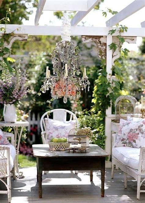Antique Garden Decor Lookslikewhite