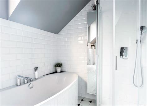 paint bathroom tiles how to paint bathroom tile painting advice 10 things