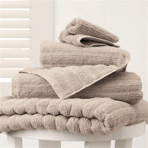 best fluffy bath towels britain s fluffiest towels for 5 99 daily mail