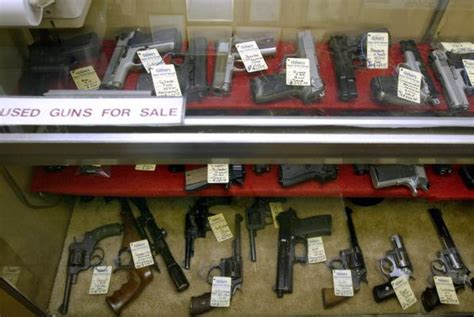 Fbi Background Check Gun Fbi Receives Record Breaking 200 000 Gun Checks On Black Friday Gephardt Daily