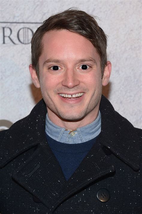 elijah wood eyes definitive proof that eye color changes everything