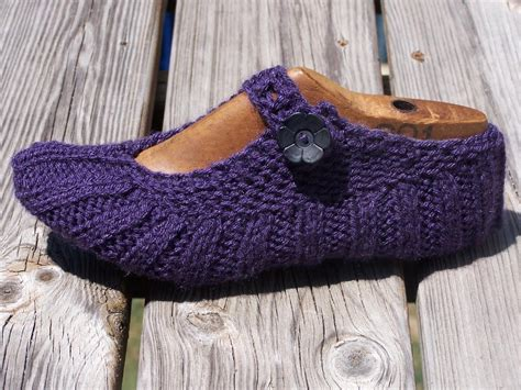 pattern to knit slippers travel pocket slippers by mommiknits craftsy