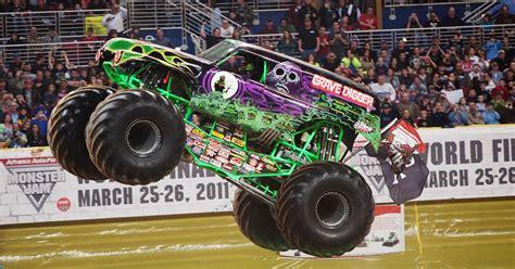 you tube monster truck jam monster jam roars into montgomery again