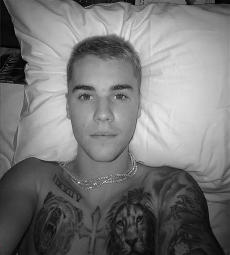 justin bieber king tattoo justin bieber reps the king of the jungle with new lion