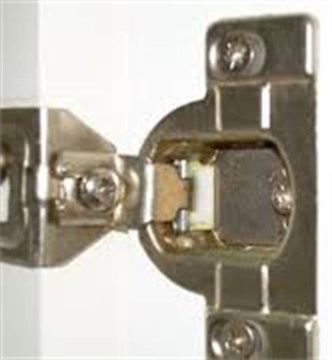 The Best Cabinet Site » How to Fix Broken Kabinart Hinges