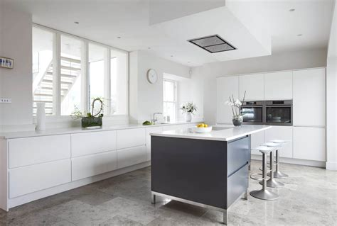 savvy kitchens irish made classic kitchens tipperary