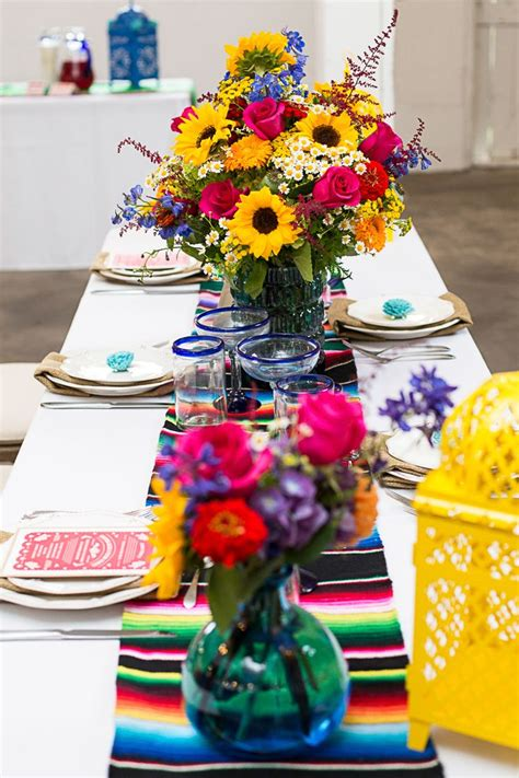theme wedding table decorations 25 best ideas about mexican wedding decorations on