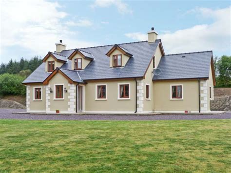 Cottages In Cork by Ballylickey County Cork Cottages Ireland