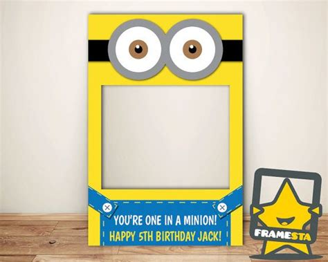 minions photo booth layout the 25 best minion photo booth ideas on pinterest