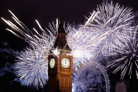 new year celebrations in the uk best bonfire fireworks in