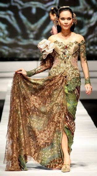 Alk Baju Batik Pesta Gold Cape kebaya avantie update indonesia traditional indonesia india modern