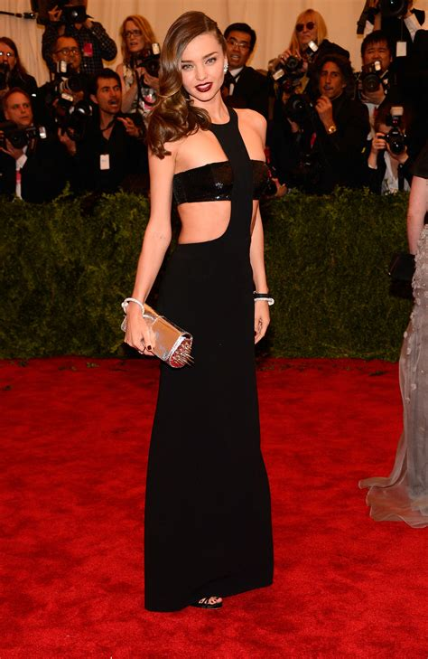 2013 met gala hairstyles how to miranda kerrs braids and waves miranda kerr had one of her sexiest red carpet moments at
