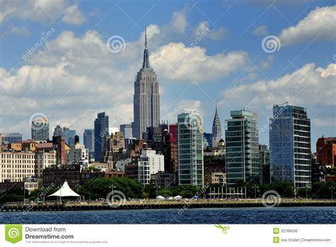 chrysler center nyc nyc west skyline and empire state build editorial