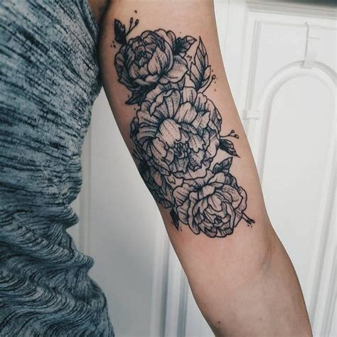 upper arm tattoo pain 25 best ideas about inner bicep on