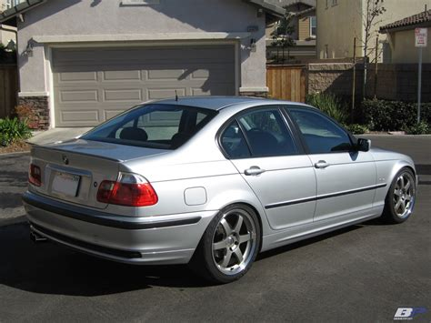 Bmw 323i 2000 bmw 323i sport wagon e46 related infomation