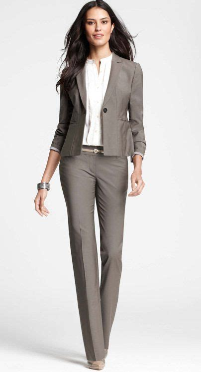 Easy work outfits for women